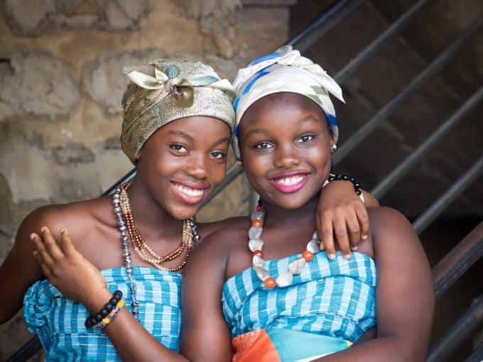 volontariato kenya bambine ragazze