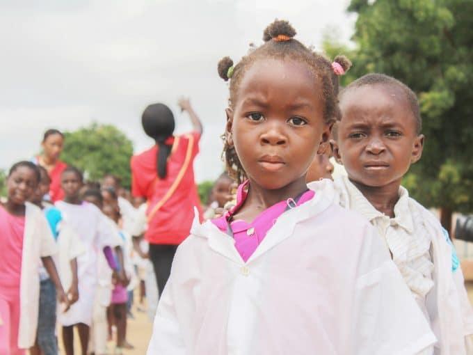 volontariato kenya bisogni bambini
