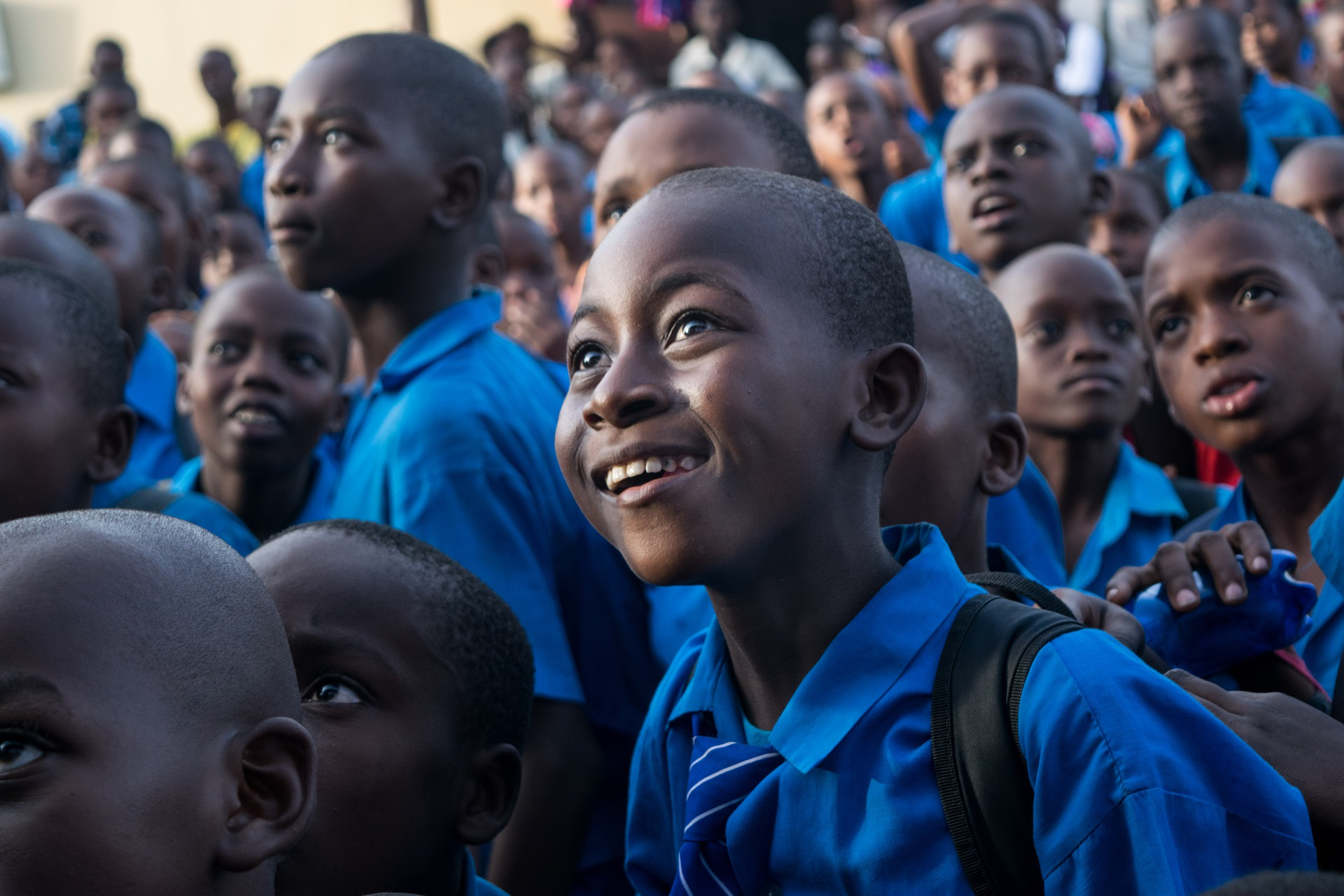 Volontariato internazionale in kenya in una scuola primaria