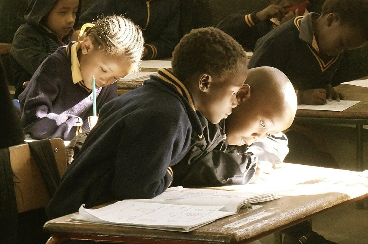 Volontariato internazionale in Tanzania nell'insegnamento della lingua inglese