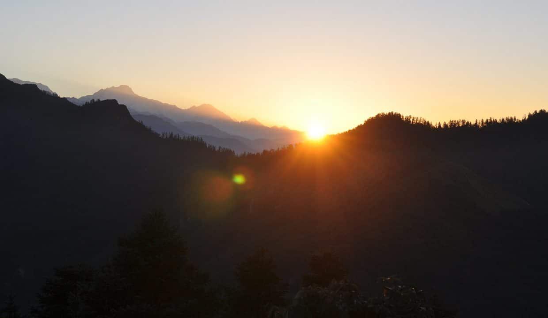 mountains-594578_1920