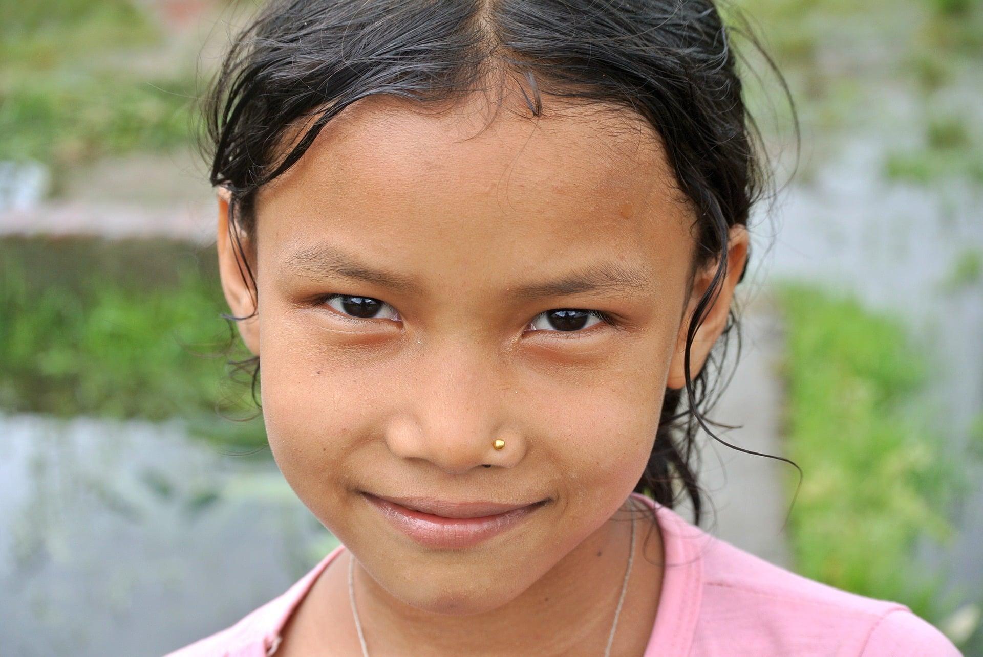 Volontariato internazionale in Nepal in attività per la salute pubblica