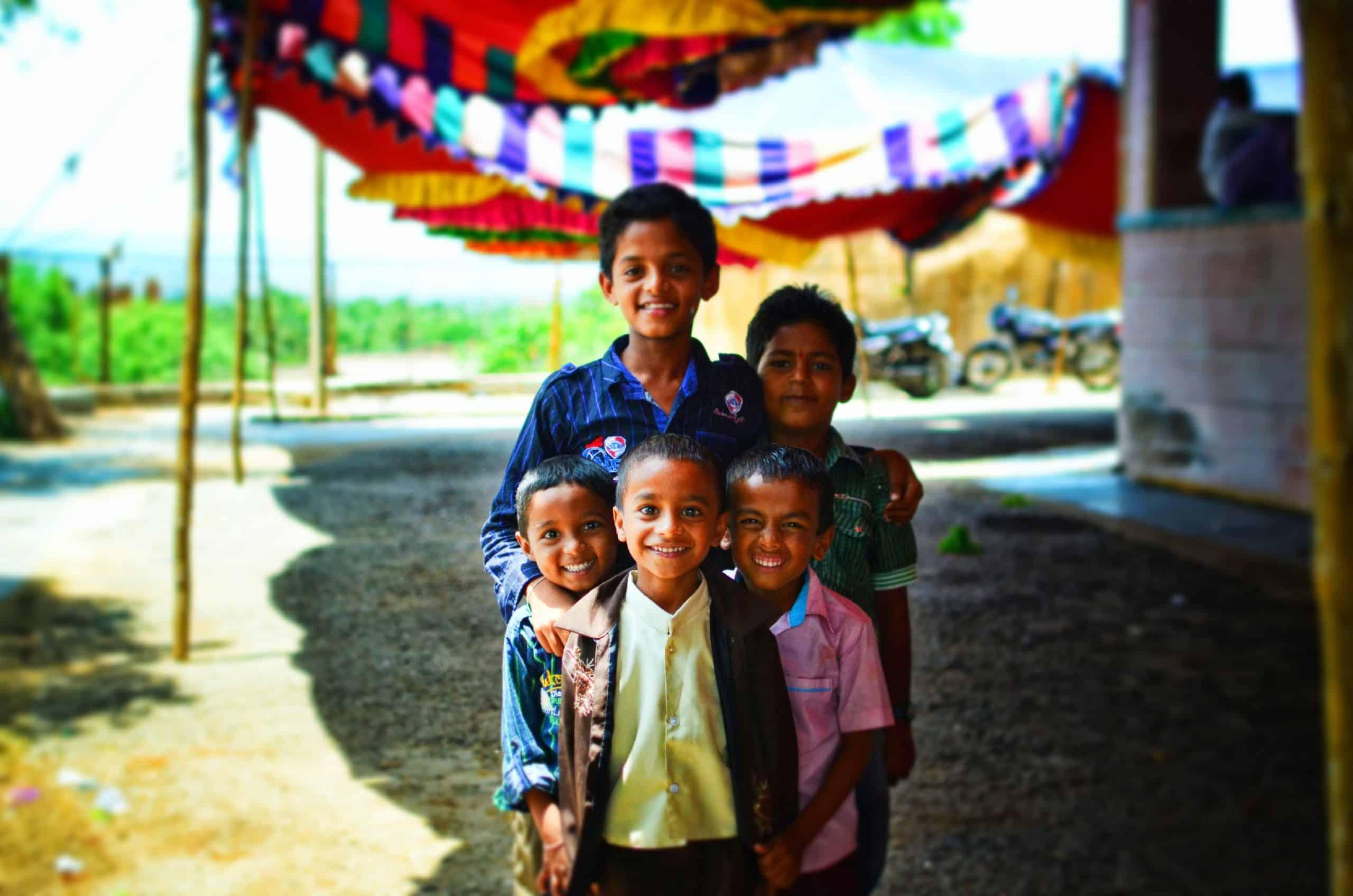 Volontariato internazionale in India sull'assistenza ai bambini rifugiati