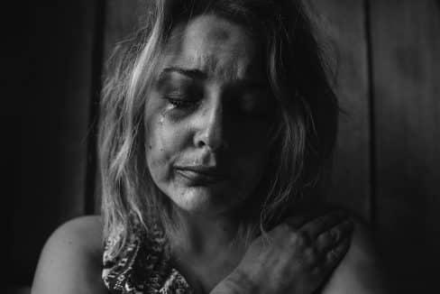 Campo di lavoro violenza donne